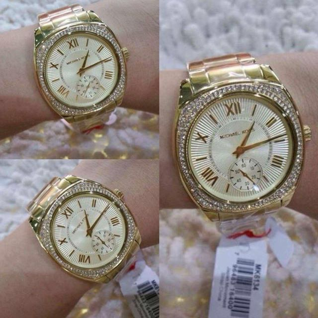 Authentic Mk watch bnew
