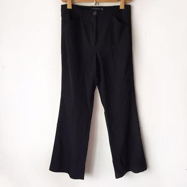 Black slacks (Giordano)