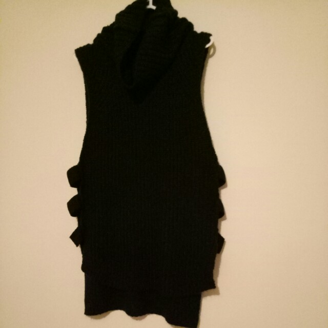Cotton on knit vest size M