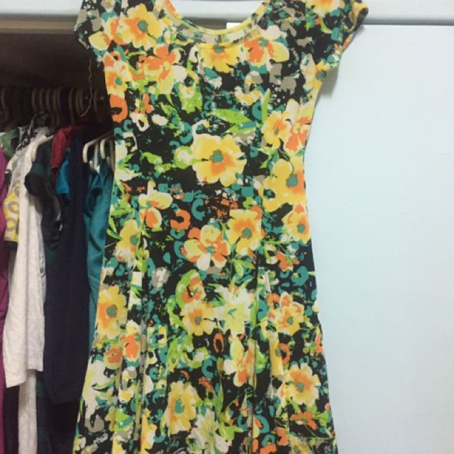 Floral spandex chic dress