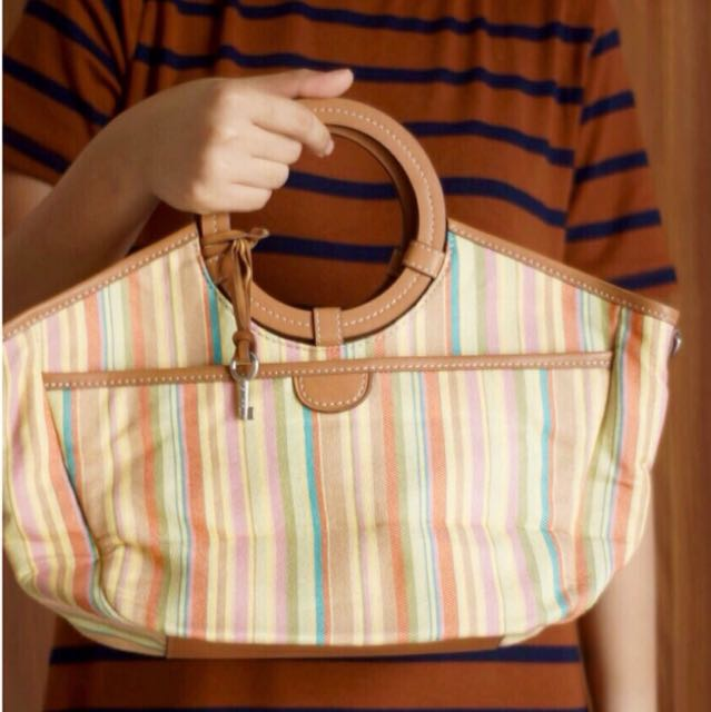 Fossil slingbag cantik with key
