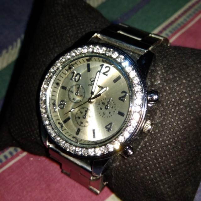 Geneva Ladies' Watch (Adjusted Strap)