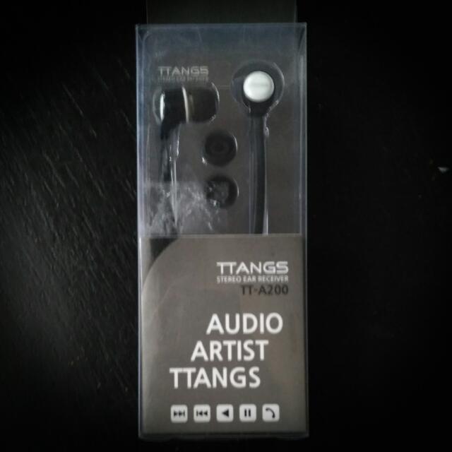 Headset / Earphone