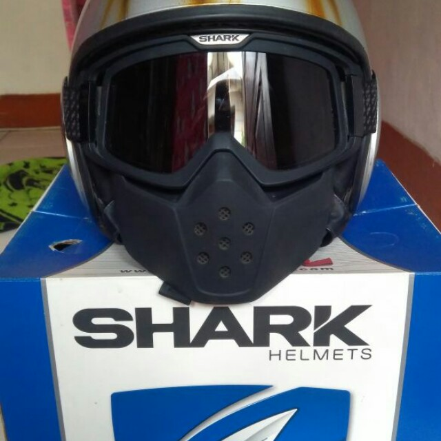 Helm fighter SHARK
