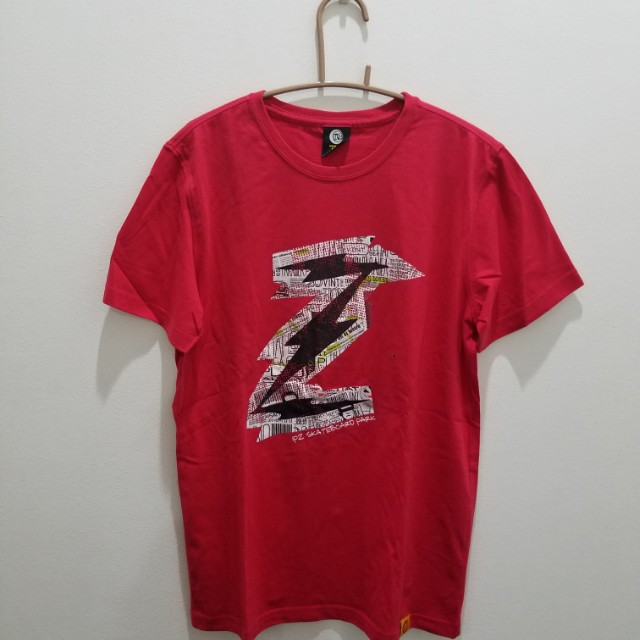 IPZ Skateboard Park Red Printed T-Shirt - Size S