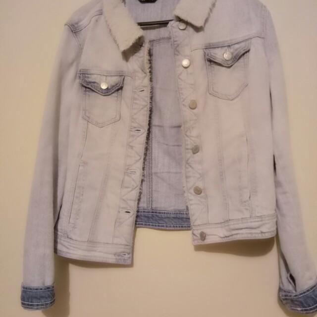 Light denim jacket size 14