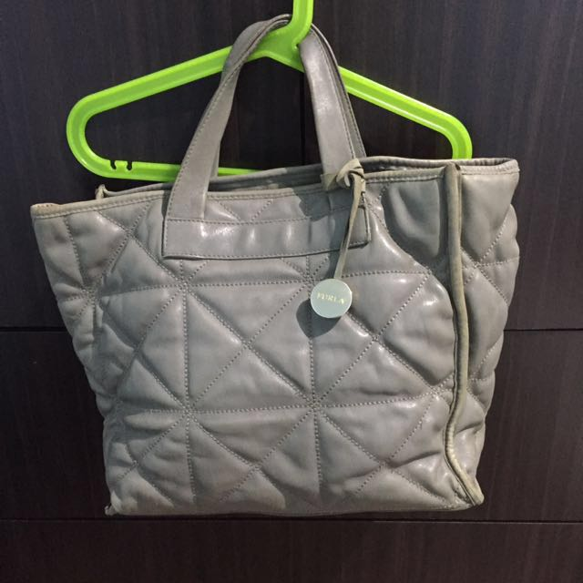 lLAST CHANCE! REDUCED🔺Authentic Full Leather Furla Handbag