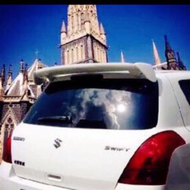 Mvp Suv Hatchback Car Spoiler