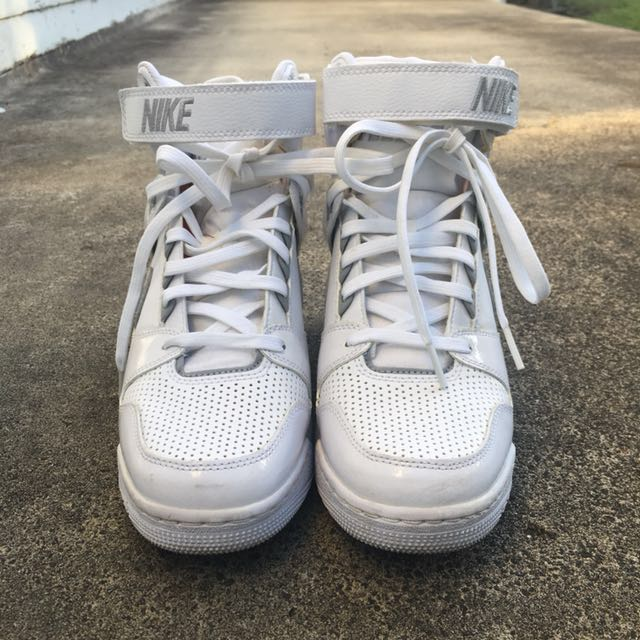 Nike Air revolution sky hi white US 9