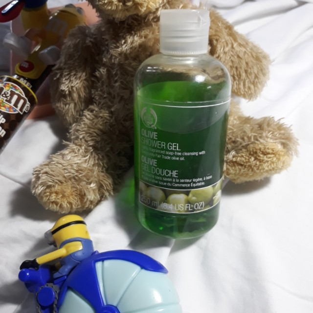 Olive shower gel from the body shop
