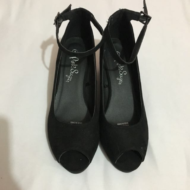 Peep Toe Strap Wedged Heels (Size 5 (equivalent to size 7)