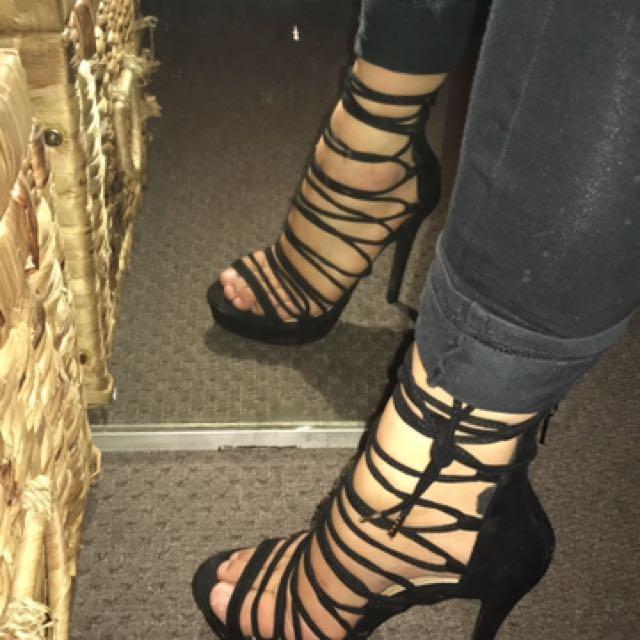 PRICE DROP Size 6 Heels