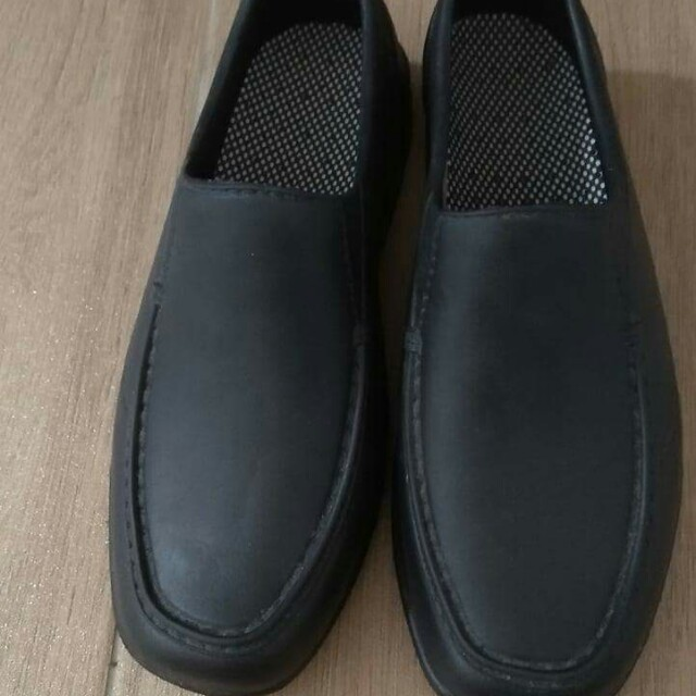 7ec7b3d150825 Rubber black shoes
