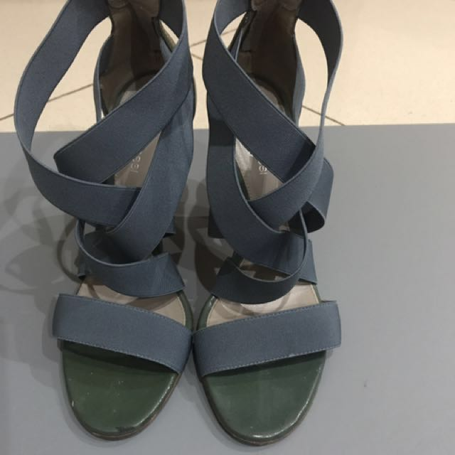 Sergio Rossi Strappy Heels Size 37