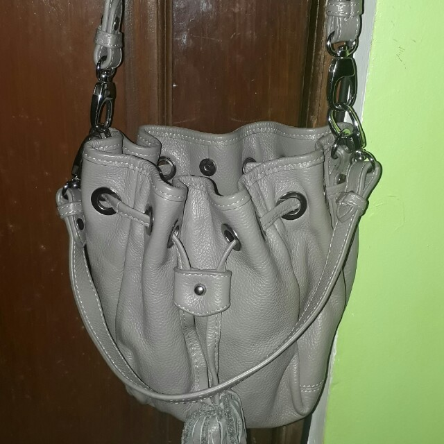 #soft leather sling bag (very nice & cute in actual)
