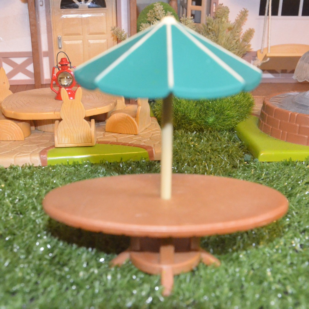 SYLVANIAN FAMILIES RETIRED OUTDOOR BAR TENT AND TABLE SET Toys u0026 Games Toys on Carousell & SYLVANIAN FAMILIES RETIRED OUTDOOR BAR TENT AND TABLE SET Toys ...