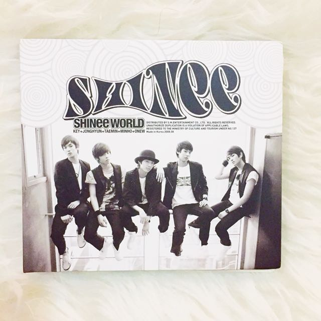 [Unsealed] SHINee 1st Album: SHINee World Type B
