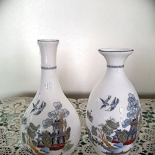 Vintage Wedgwood Chinese Legend Bone China Vases Vintage