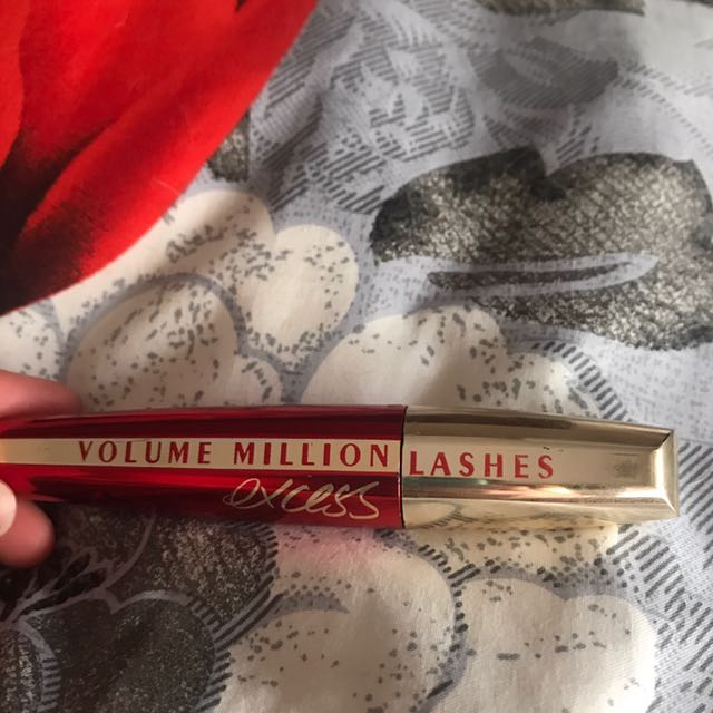 Volume million lashes excess