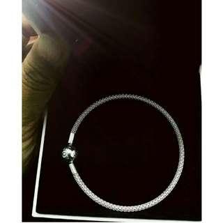 Authentic PANDORA Mesh Bracelet