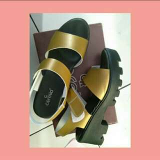 Wedges Cerelia