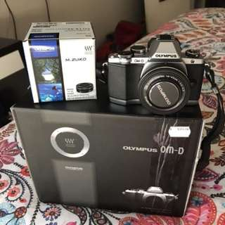 Olympus OMD EM10 *like new* *with warranty*