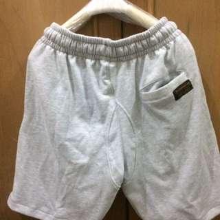 Celana pendek exsport
