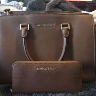 Micheal Kors brown Tote with matching wallet