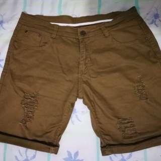 Rip short color tan, size 34