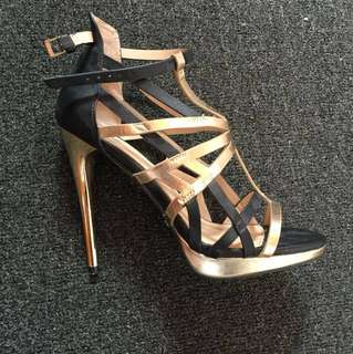 Kardasian kollection shoes sz 8