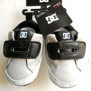 DC Newborn 0-6mts Baby Shoes