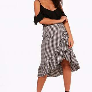 Boohoo gingham skirt