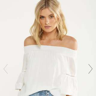 connie off the shoulder top ✨