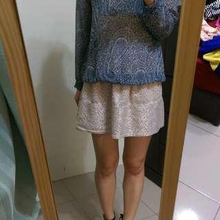 [上班族二手拍賣]MANGO復古薄紗印花上衣M