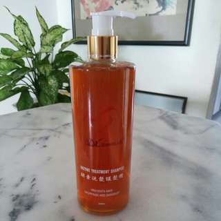 Enzyme treatment shampoo