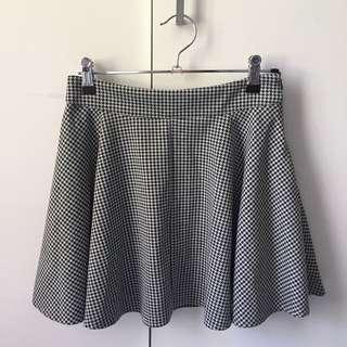 Black and white printed skater skirt