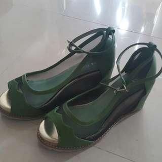 綠色皮,黑網透視 3吋高跟鞋 37號