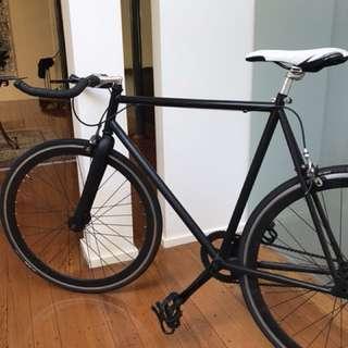 Custom Single speed/Fixie Road Bike