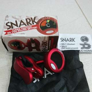 BN Snark ST2 Super Tight Chromatic Clip-On Instrument Tuner   (Red)