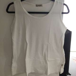 Tank Top putih by Nevada, sz L