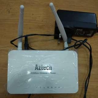 Aztech 300mpbs wifi router model WL889RT4