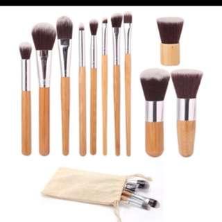 Wooden brush set