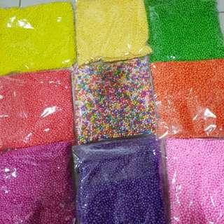 Colour foam beads