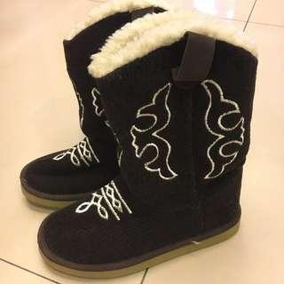 咖啡色圖騰平底造型靴22.5