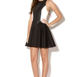 Cameo 'The Better' Black and White Dress Size XS BNWT