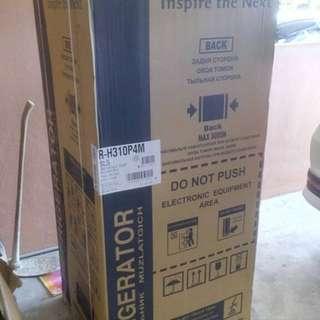 Hitachi Inverter Fridge R-H310P4M