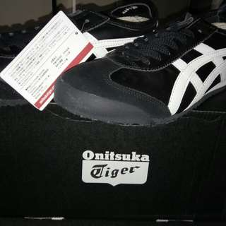 Onitsuka Tiger Mexico 66 - Black/White Lace up