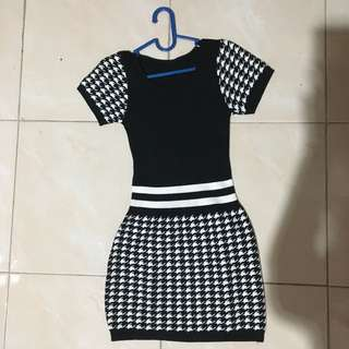Dress Knitted Houndstooth Black