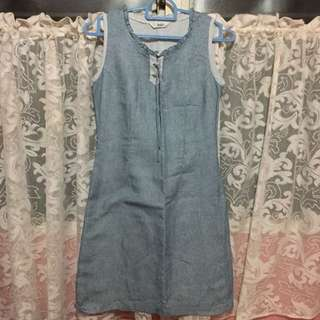 Veeko dress