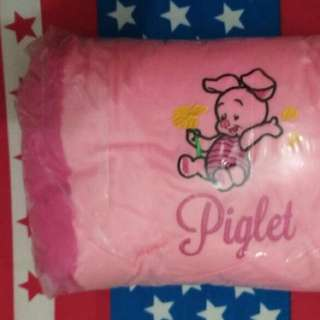 Bantal Piglet Pink